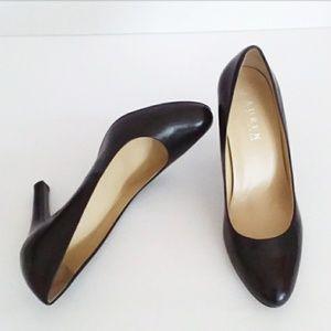 Lauren Ralph Lauren Black Leather Heels Size 6